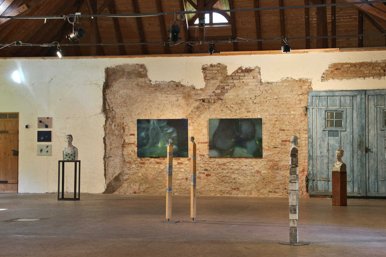 Ausstellung dreisicht in gauting andrea rozorea - Idee schilderij gang ingang ...